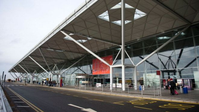 Find cheap parking at stansted airport blog simply park and fly london stansted airport simply park and fly m4hsunfo
